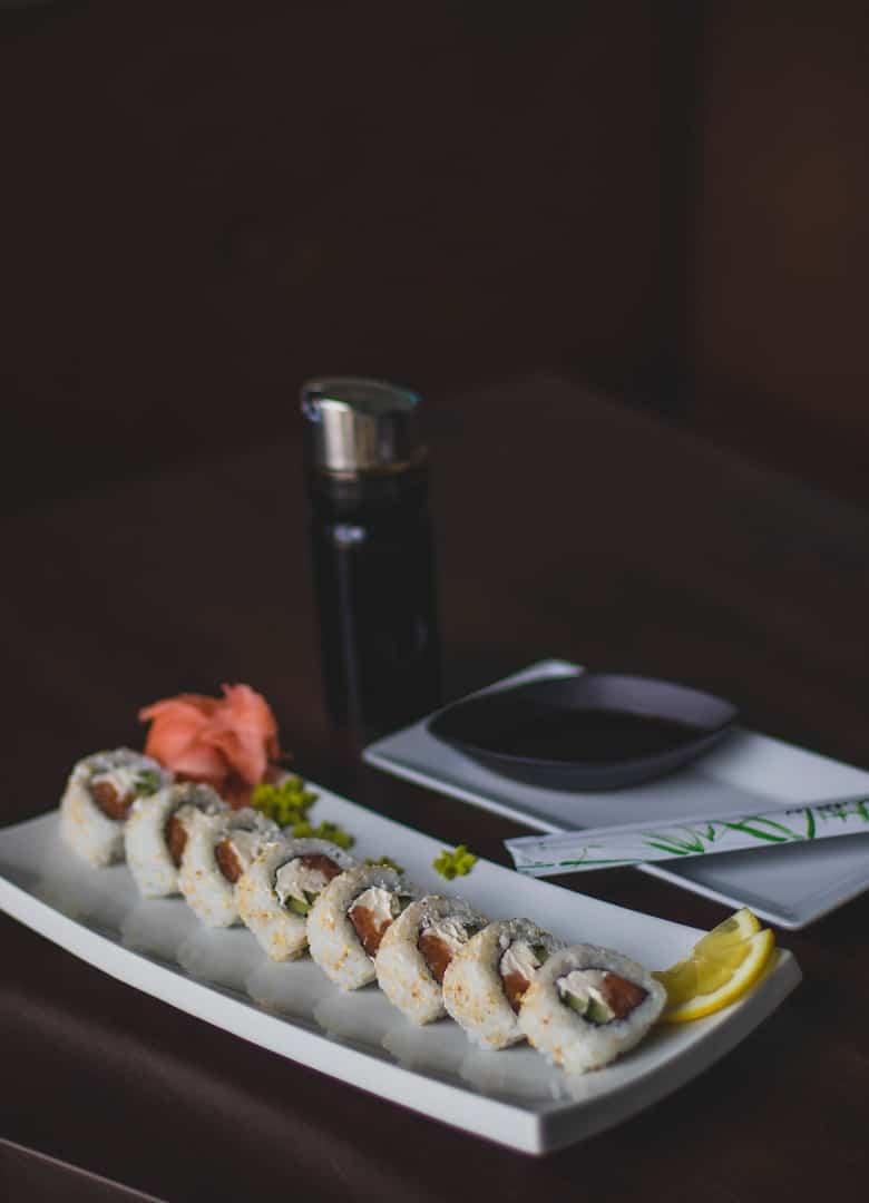 dinner-dish-fish-sushi